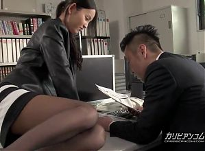 Emiri Okazaki :: The Story of A Licentious Office Lady 1