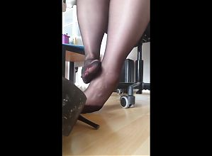 mom stinky feet in pantyhose after work
