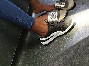 candid ebony teen feet